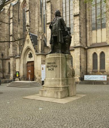 Johann_Sebastian_Bach_Denkmal_Leipzig
